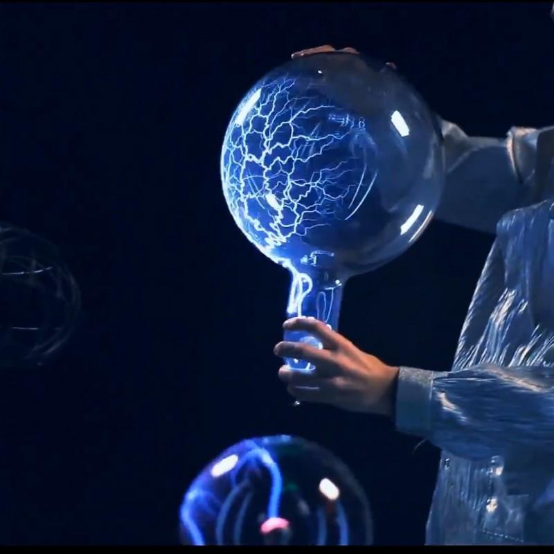 Большие плазменные шары