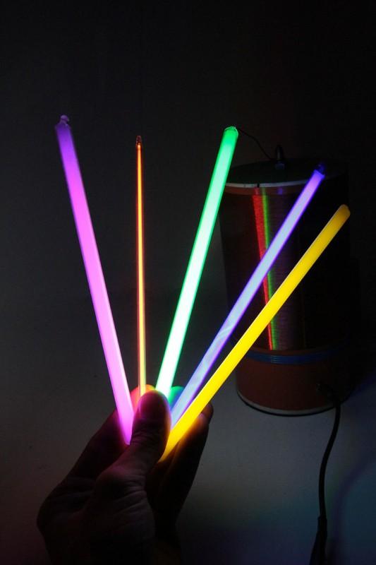 Цветные неоновые палочки