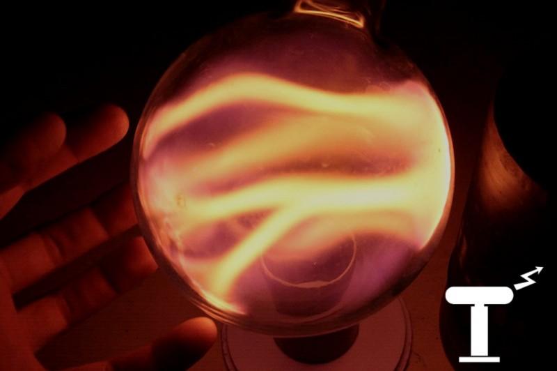 Оранжевый плазменный шар